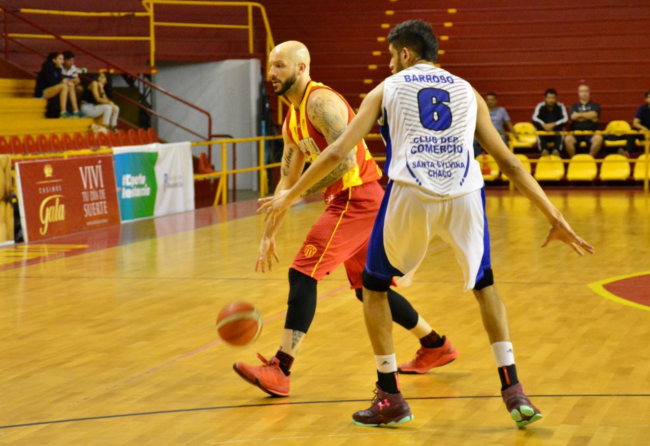 Sarmiento ganó y se adelantó en la serie por la permanencia