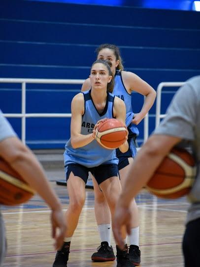 """Georgina Buzzetti y la U18: """"Siento que todo el esfuerzo que hacemos dará sus frutos"""""""