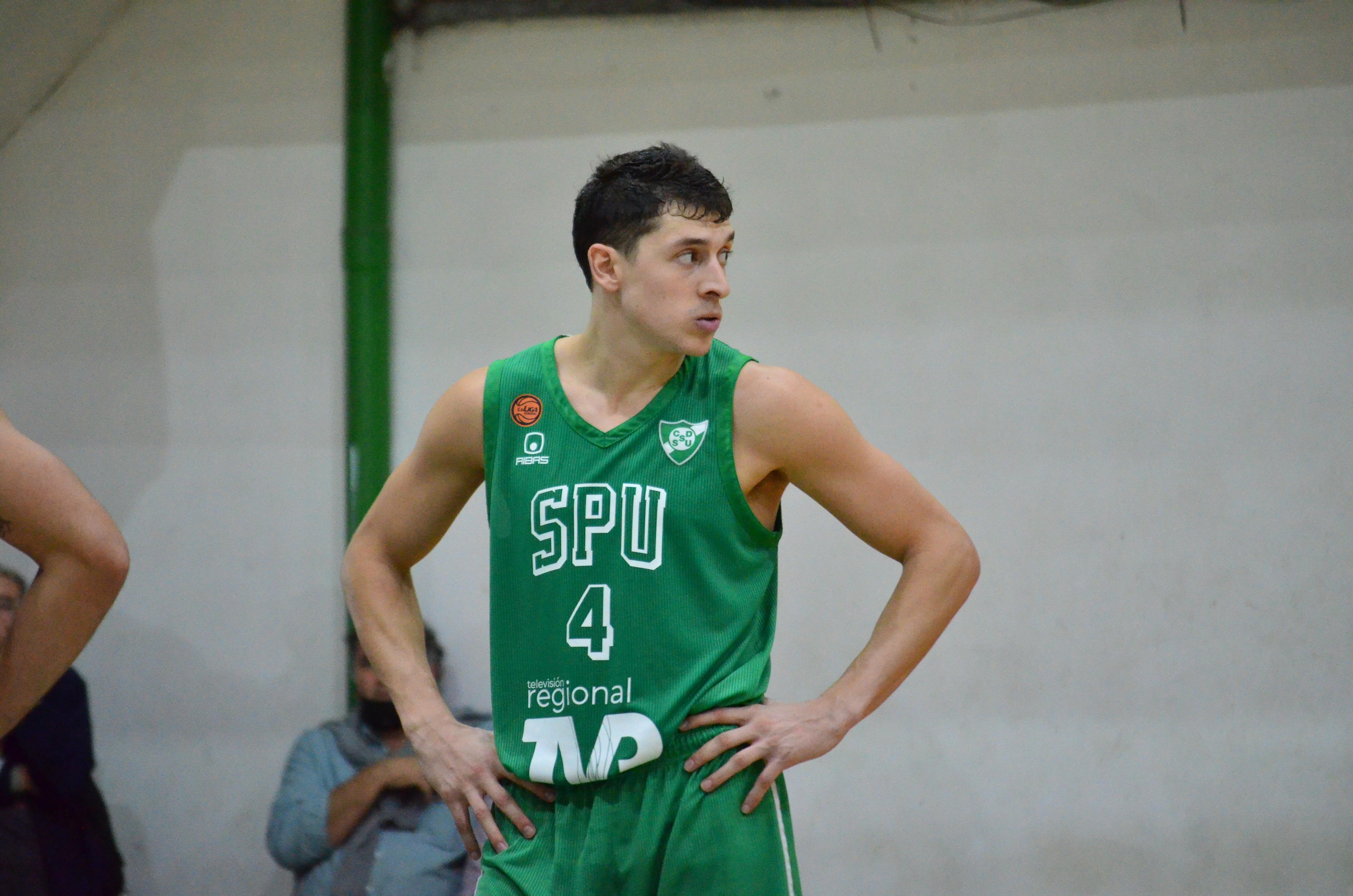Chile impuso la diferencia de talla y metió su segundo triunfo al hilo