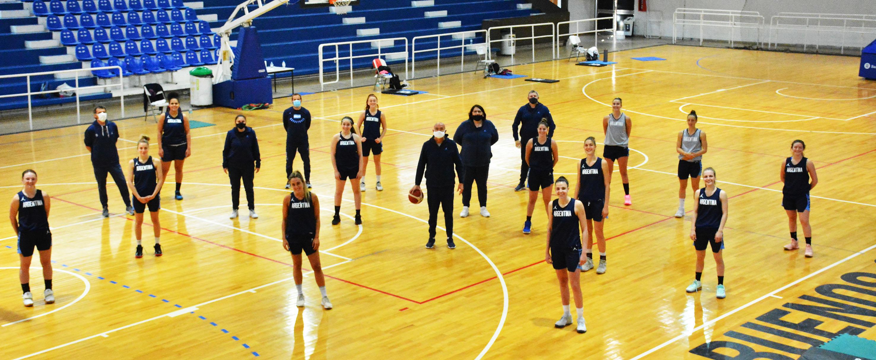 Felicidad y responsabilidad: el primer entrenamiento de una Selección
