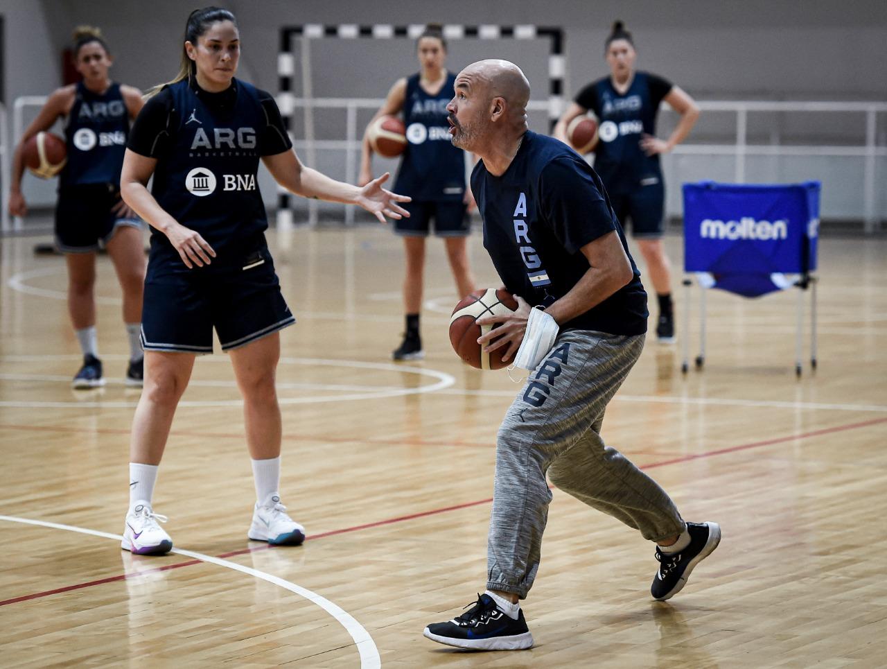Selección Mayor Femenina: comenzaron los entrenamientos con 18 jugadoras