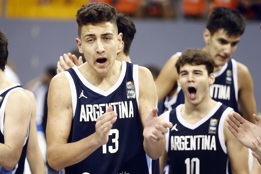 Primera victoria de los U16 en el FIBA Américas