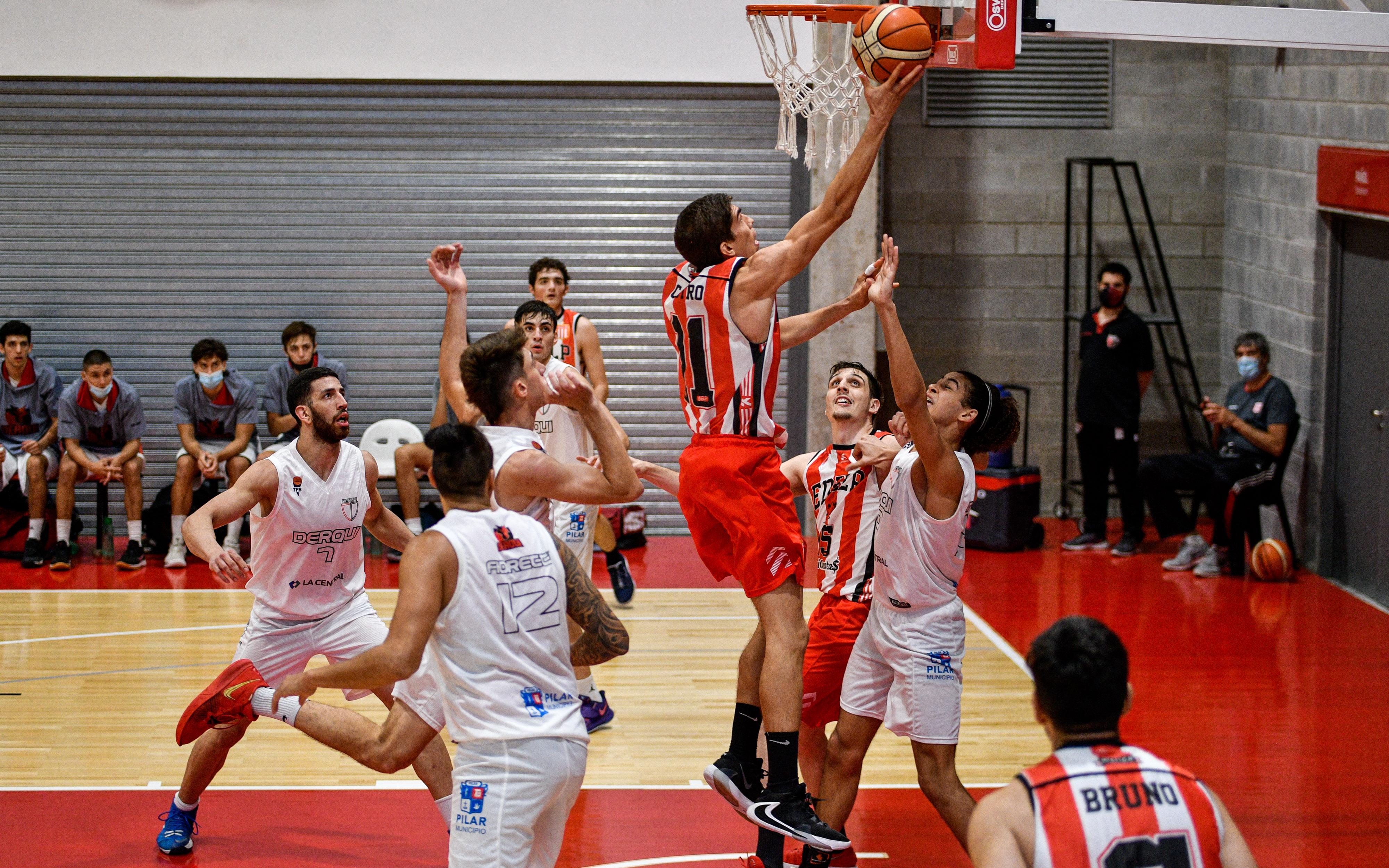 García Barucco lo ganó sobre la chicharra para el Pincha
