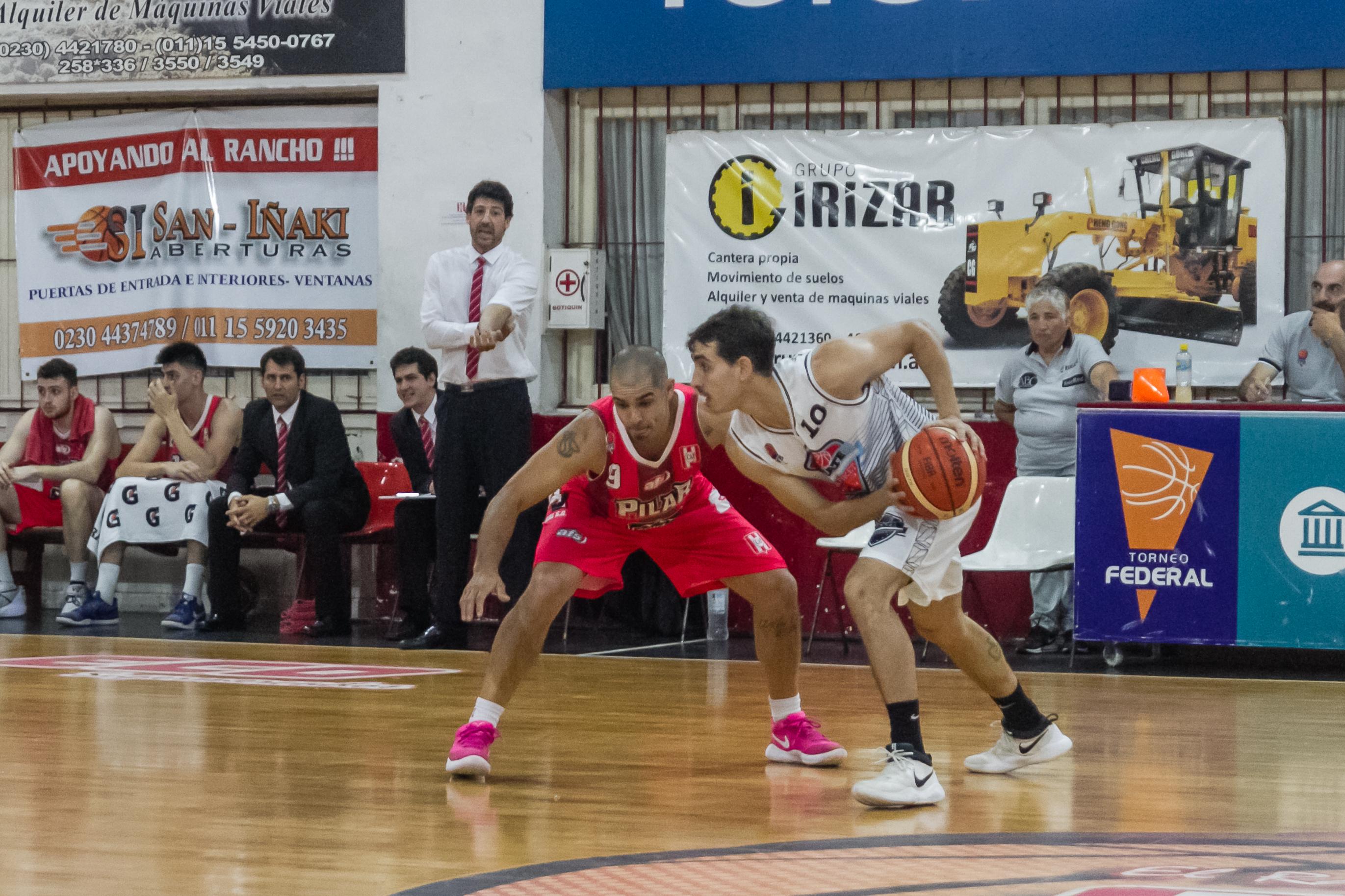 Zárate Basket pisó fuerte en Pilar