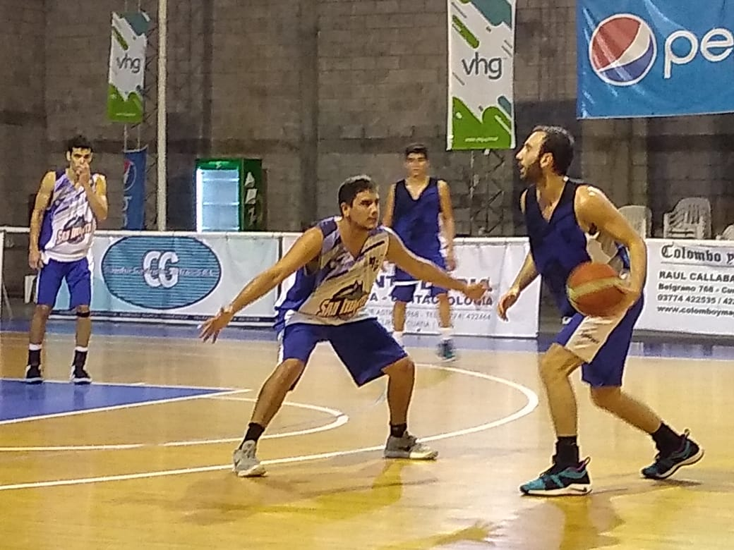 San Martín de Curuzú recibe a Belgrano de Tucumán en el inicio de los playoffs