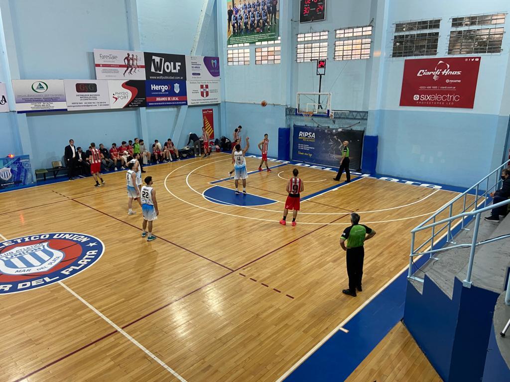 Zárate Basket derrotó al Pincha y sigue vivo
